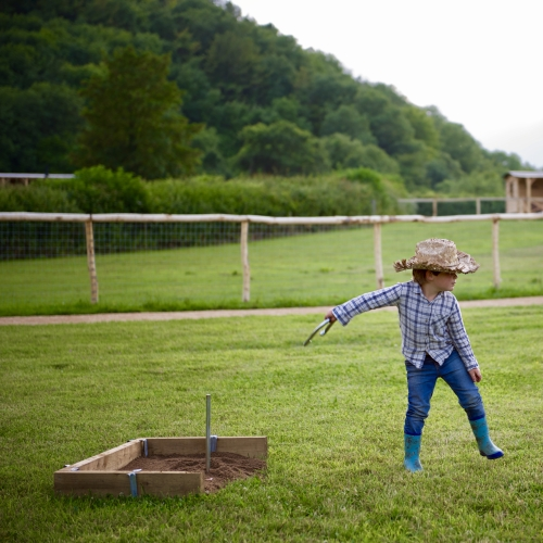 Child Friendly Glamping and Horse Riding at Loose Reins